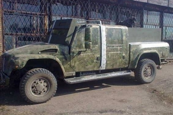 Эксклюзивные авто Януковича-младшего воюют в зоне АТО