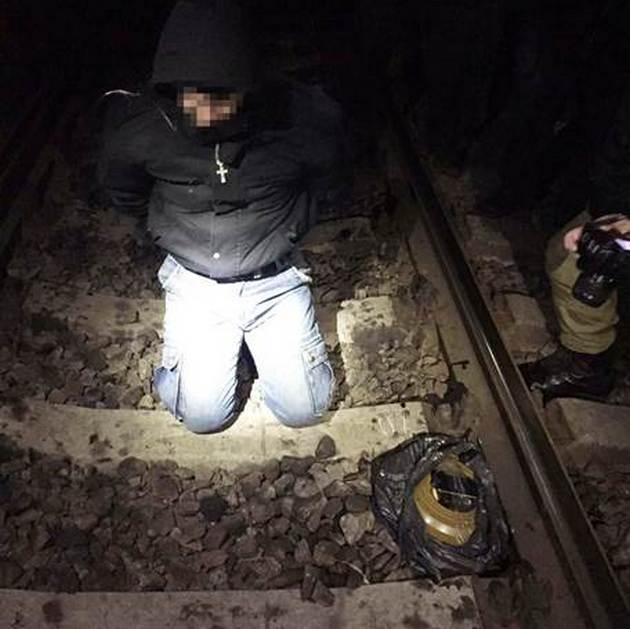 Бывший милиционер намеревался взорвать поезд на Харьковщине