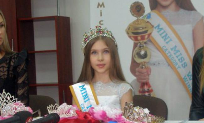 Восьмилетняя украинка победила на конкурсе Мини-мисс мира 2015