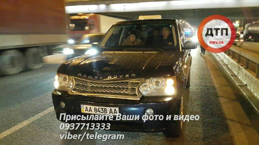 Из-за дорожно-траспортного происшествия вКиеве умер школьник