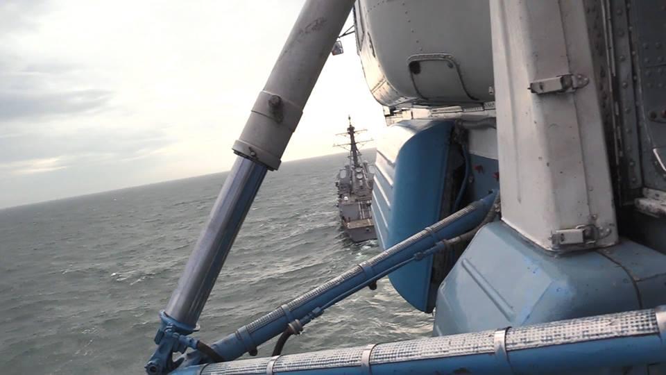 ВМС Украины провели учения с американским эсминцем
