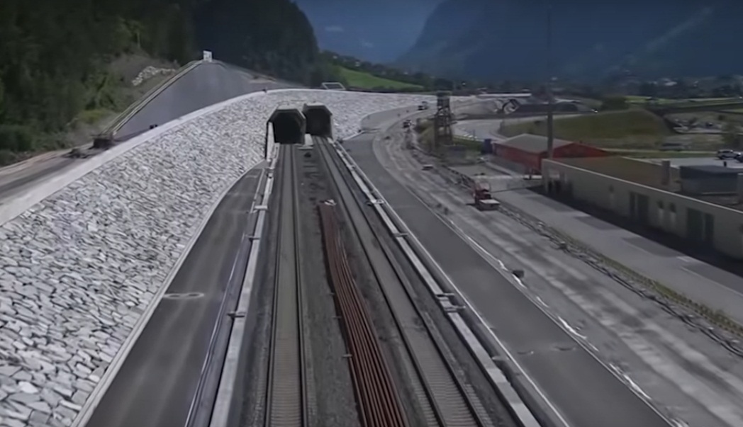 ВШвейцарии открыто движение посамому длинному тоннелю вмире