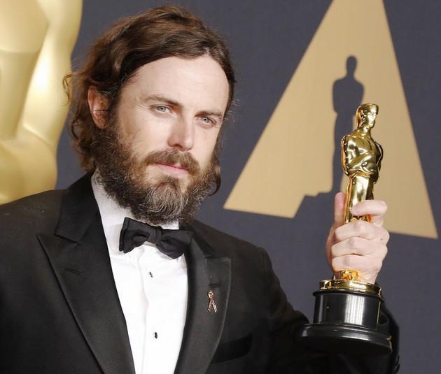 Артистка Эмма Стоун получила первую статуэтку «Оскар»