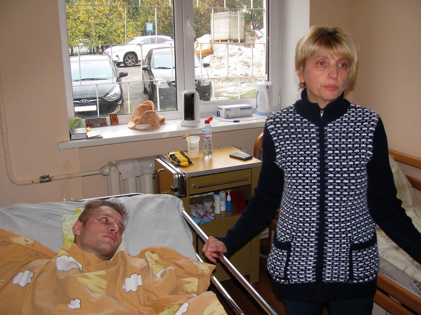 Раненого на военных учениях телеоператора перевели из реанимации