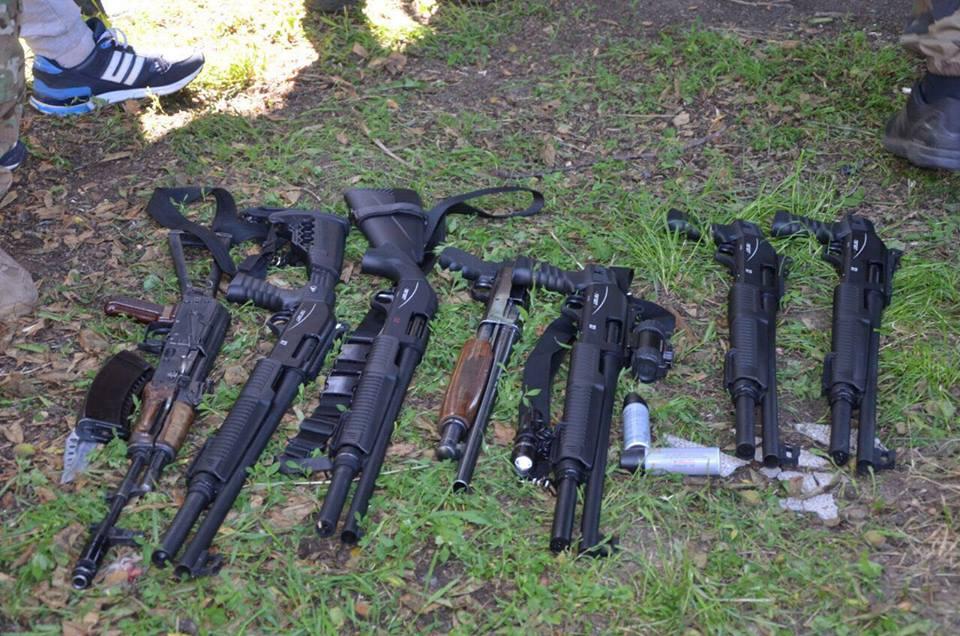В Винницкой области задержаны 42 человека с оружием: видео, фото