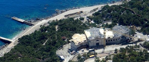 Януковичу строят новое Межигорье в Крыму, - СМИ