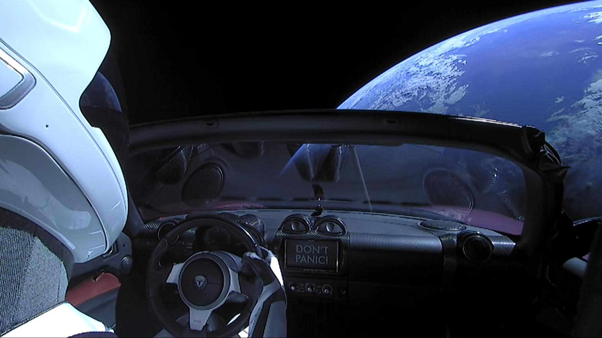 Киевское метро предложило Маску установить Tesla на«Арсенальной»