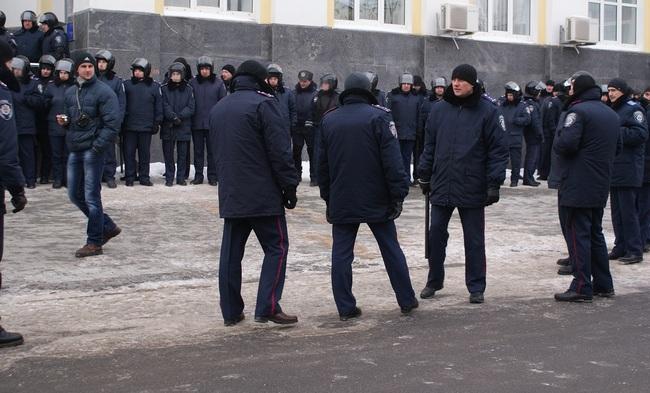 В Виннице начался штурм здания облгосадминистрации