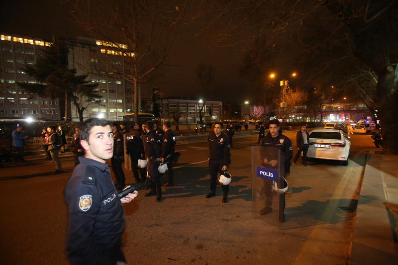 """Теракт в Анкаре: Эрдоган обещает """"поставить террор на колени"""""""