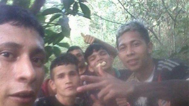 Бразильцы запостили селфи после побега из тюрьмы