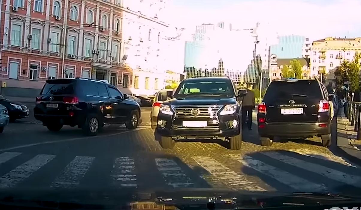 Ляшко, Луценко и другие: как чиновники нарушают ПДД