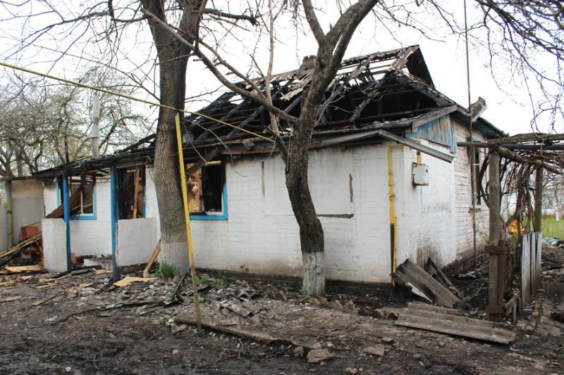 Под Полтавой 10-летний мальчик вынес из огня своих братьев