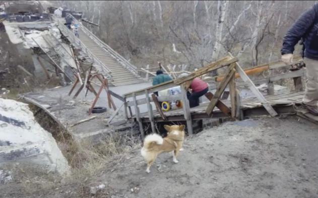 НаДонбассе наблюдатели ОБСЕ попали пообстрел