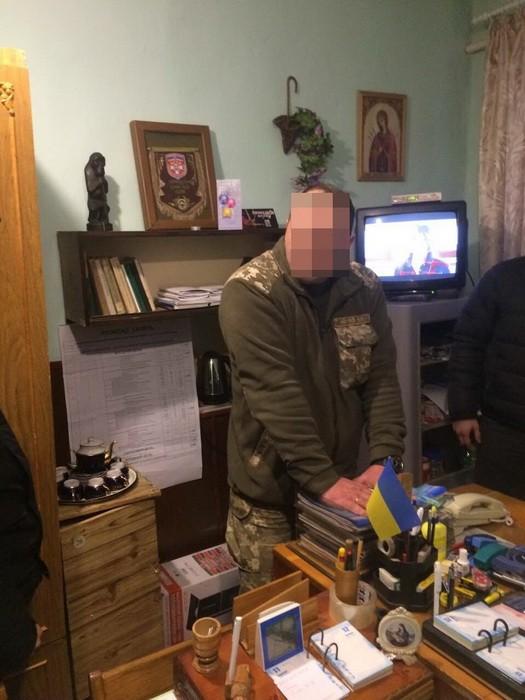 Начальника полігону на Волині підозрюють у вимаганні: відео