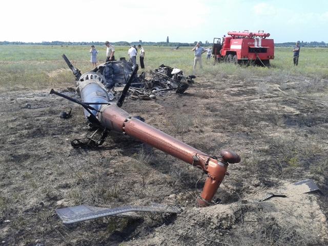 В Херсонской области упал вертолет Ми-2