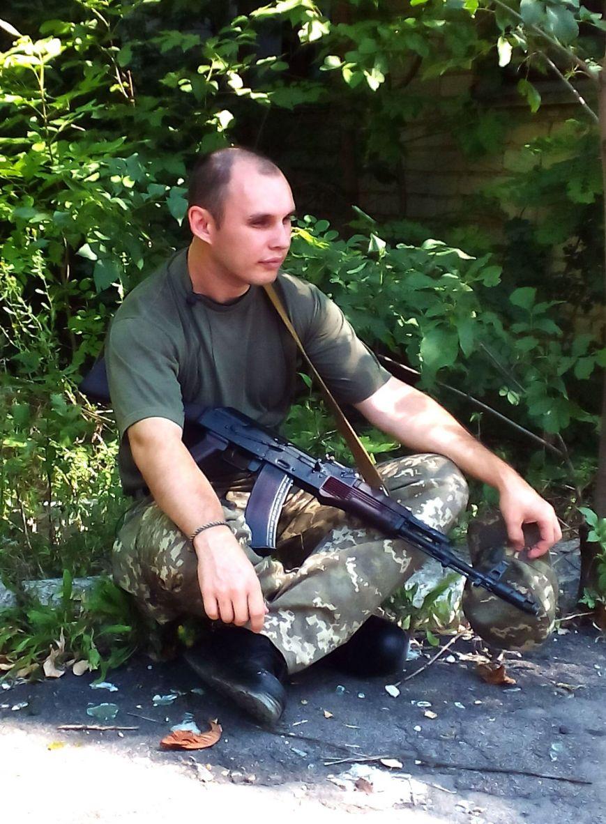 В Запорожье нашли повешенным служившего в АТО оператора облТВ