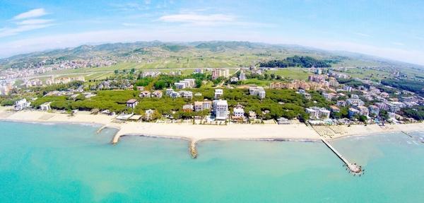 Албания: страна, где встречаются два моря!