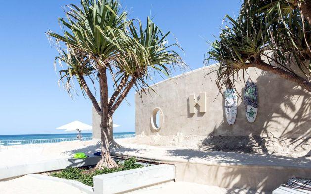В Австралии появился первый в мире хостел из песка: фото