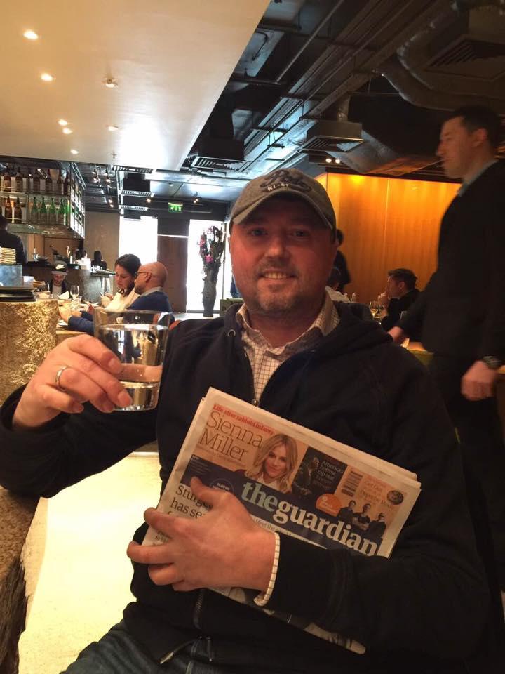 Луценко прокомментировал фото Бондарчука в баре