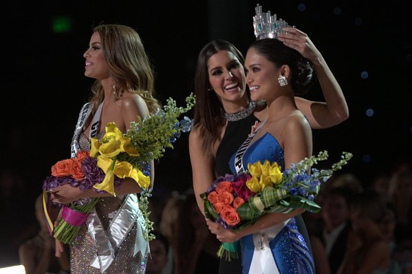 Титул Мисс Вселенная 2015 достался филиппинке со скандалом: фото