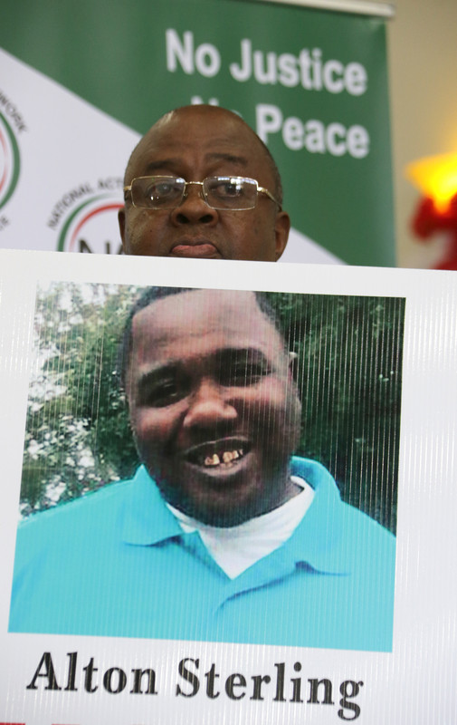 Минюст США отказался обвинять полицейских в убийстве чернокожего