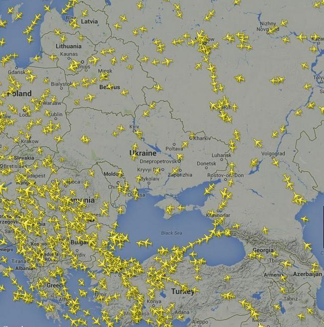 Самолеты облетают Донбасс стороной: карта