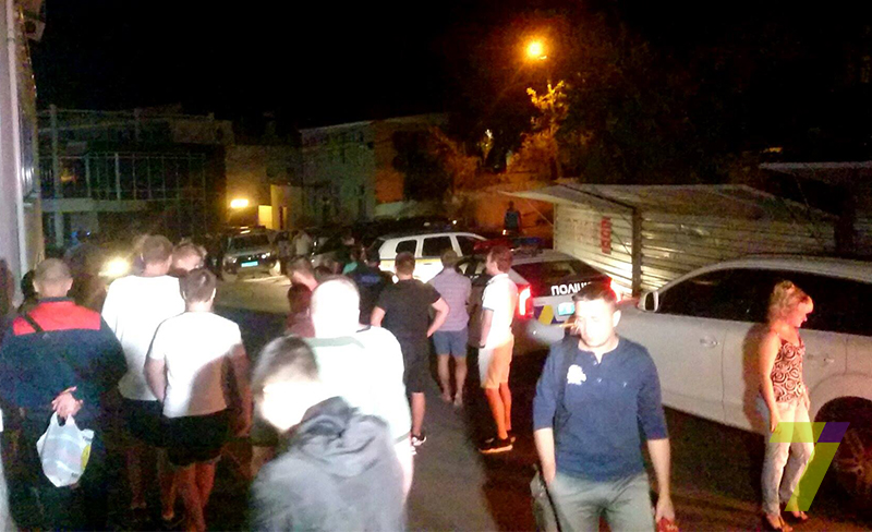В Одессе неизвестные пытались захватить отель с заложниками