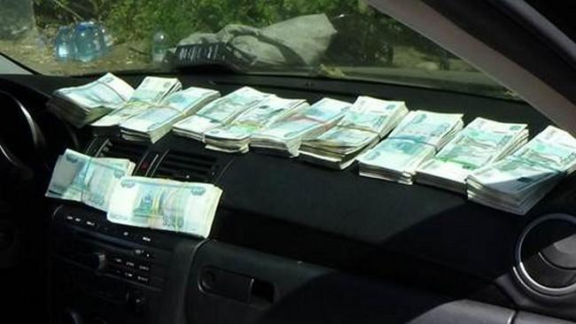 СБУ не позволила вывезти в зону АТО наркотики и деньги