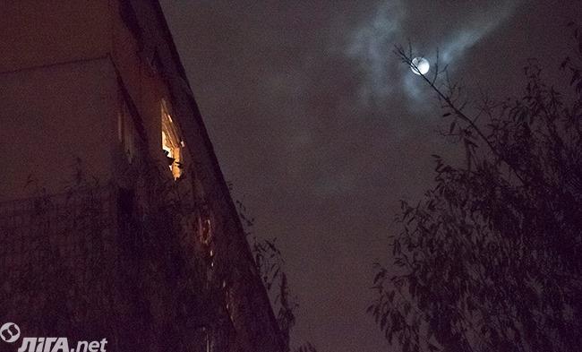 В Киеве прогремел взрыв в жилом доме - фото